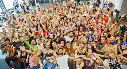 Morning Gloryville, da Londra gli auguri video per la piccola Elisa