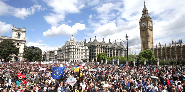 """March for Europe"", sabato a Londra in strada per l'Europa unita"